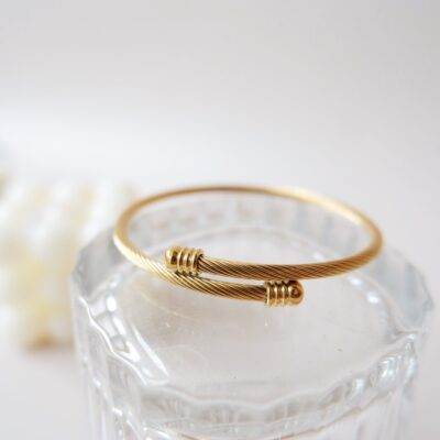Carson-Gold-Bracelet-2.jpeg