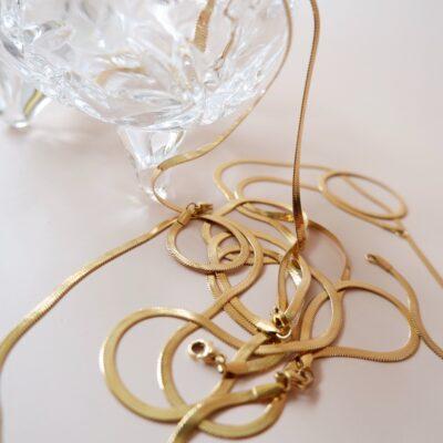 The-Herringbone-Chain-2.jpeg
