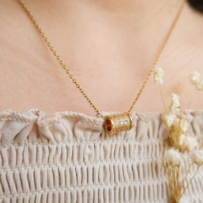 Moore Necklace (2)